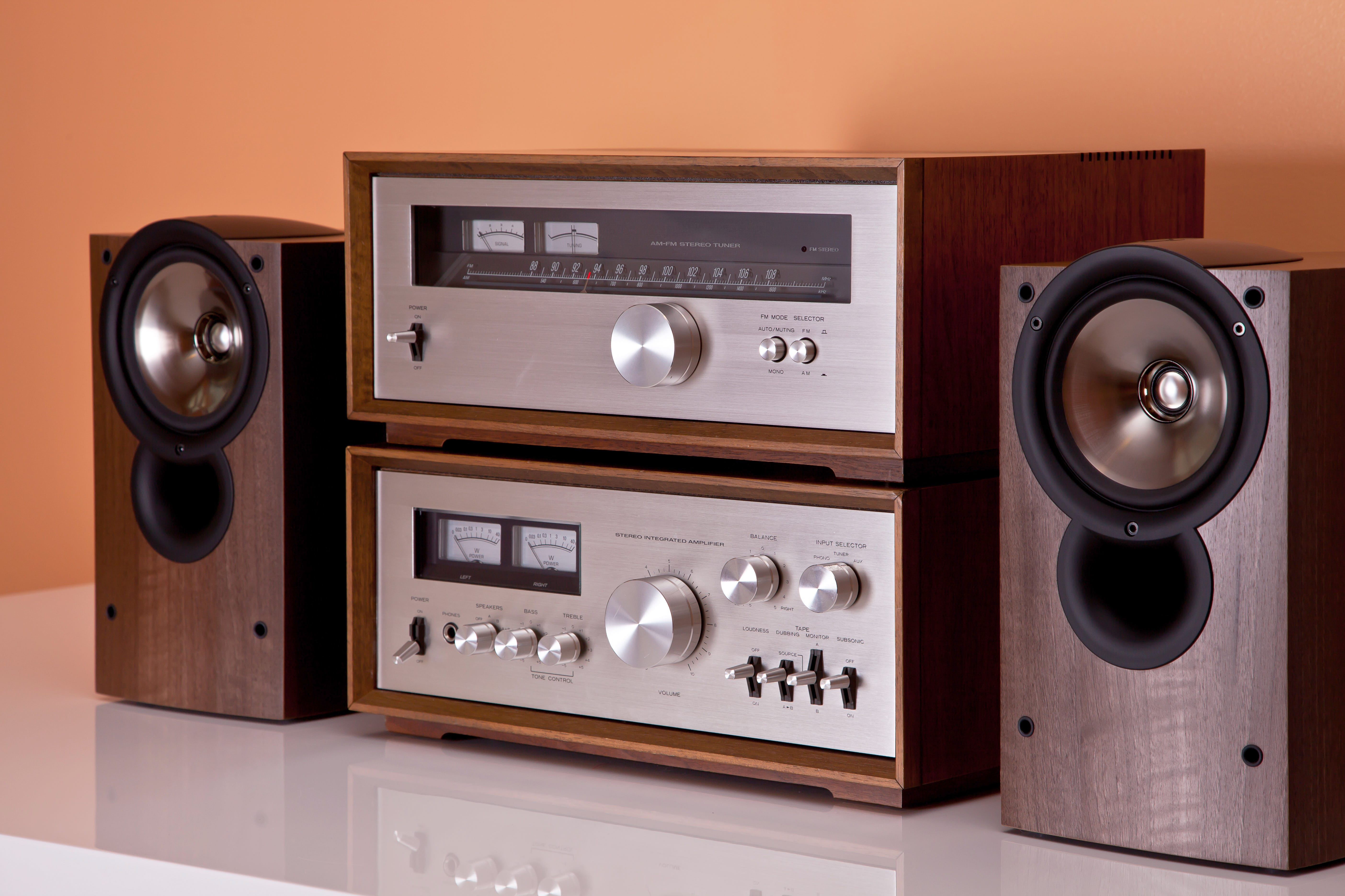 Choosing an Amp for Your Speakers