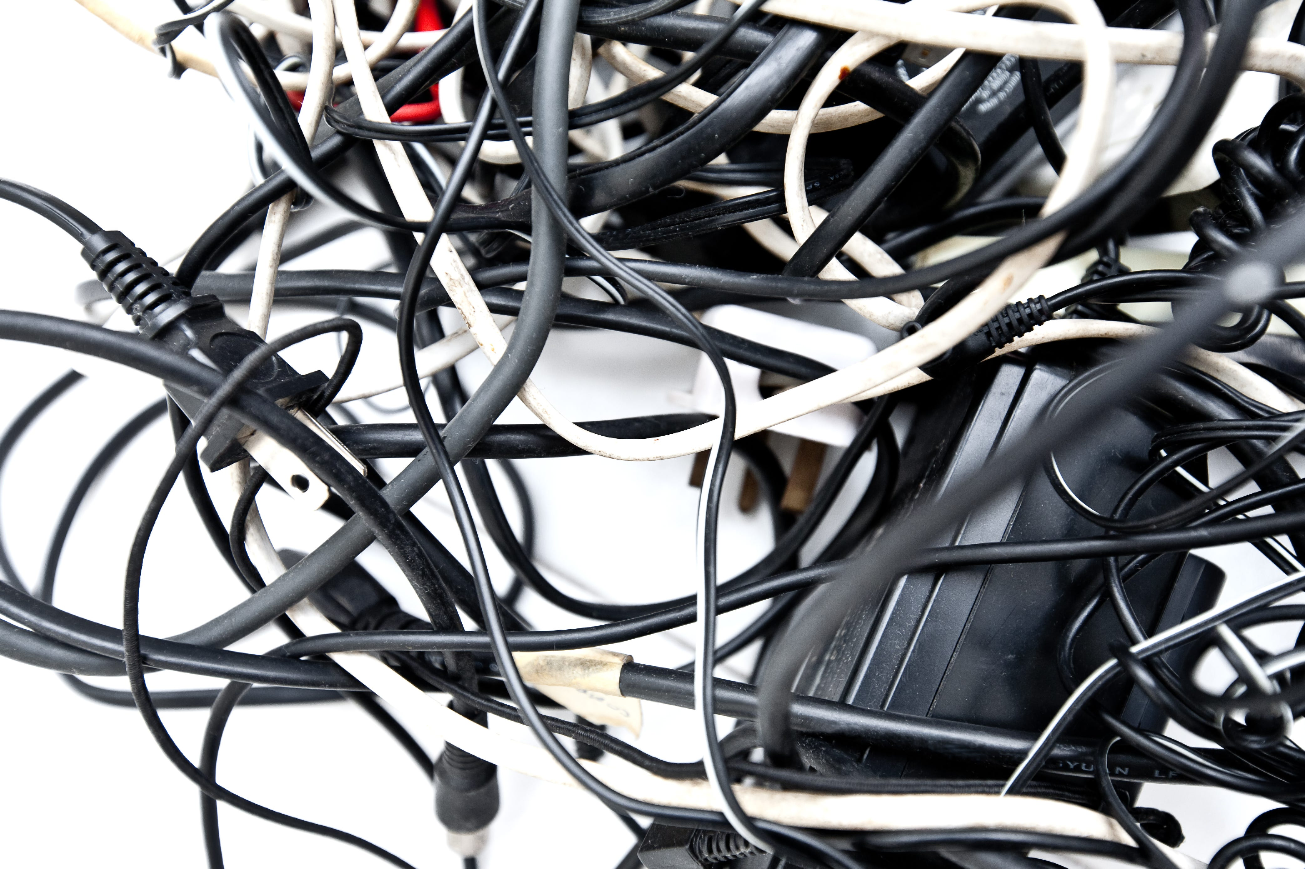 Cable Management Tips for Your Home Theatre System